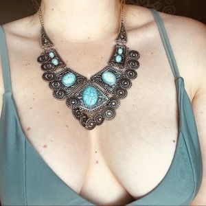 Jewelry - Beautiful silver and turquoise bohemian necklace